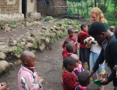 Undervisning på skola och förskola i Mgahinga
