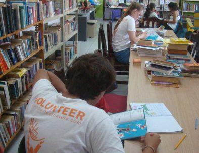 Undervisning i engelska på skola eller bibliotek i Jacó Beach